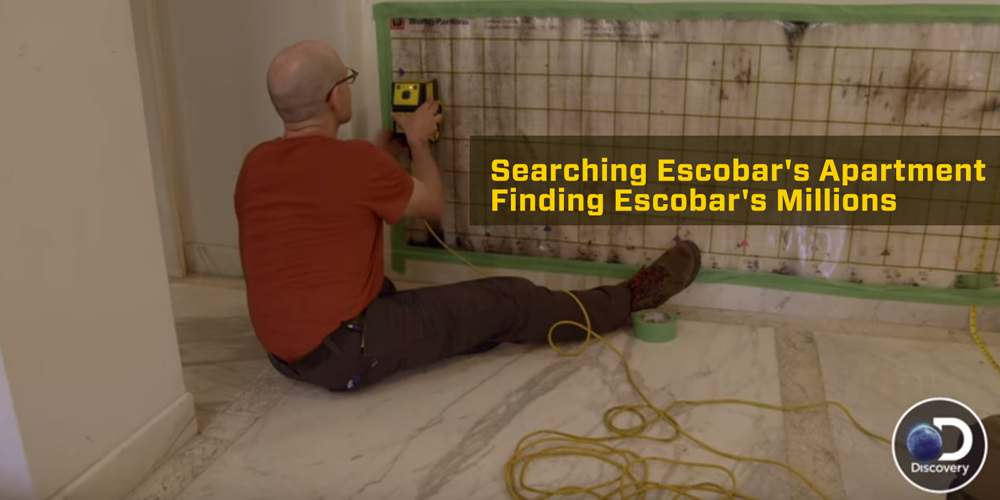 Searching Escobar's Apartment | Finding Escobar's Millions
