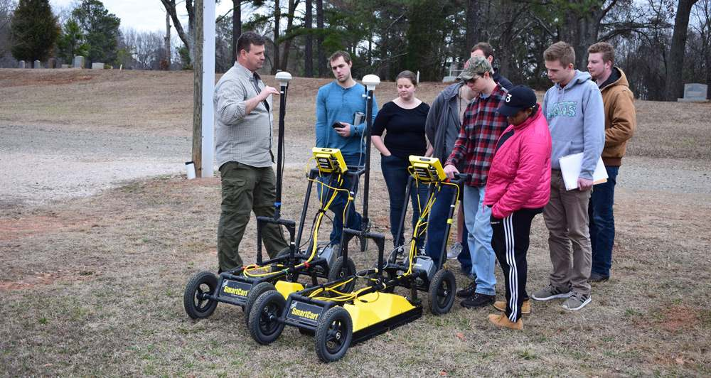 students learning about gpr in field