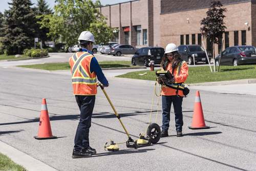 Wide-angle reflection and refraction (WARR) surveys; an effective tool for advanced GPR research projects.
