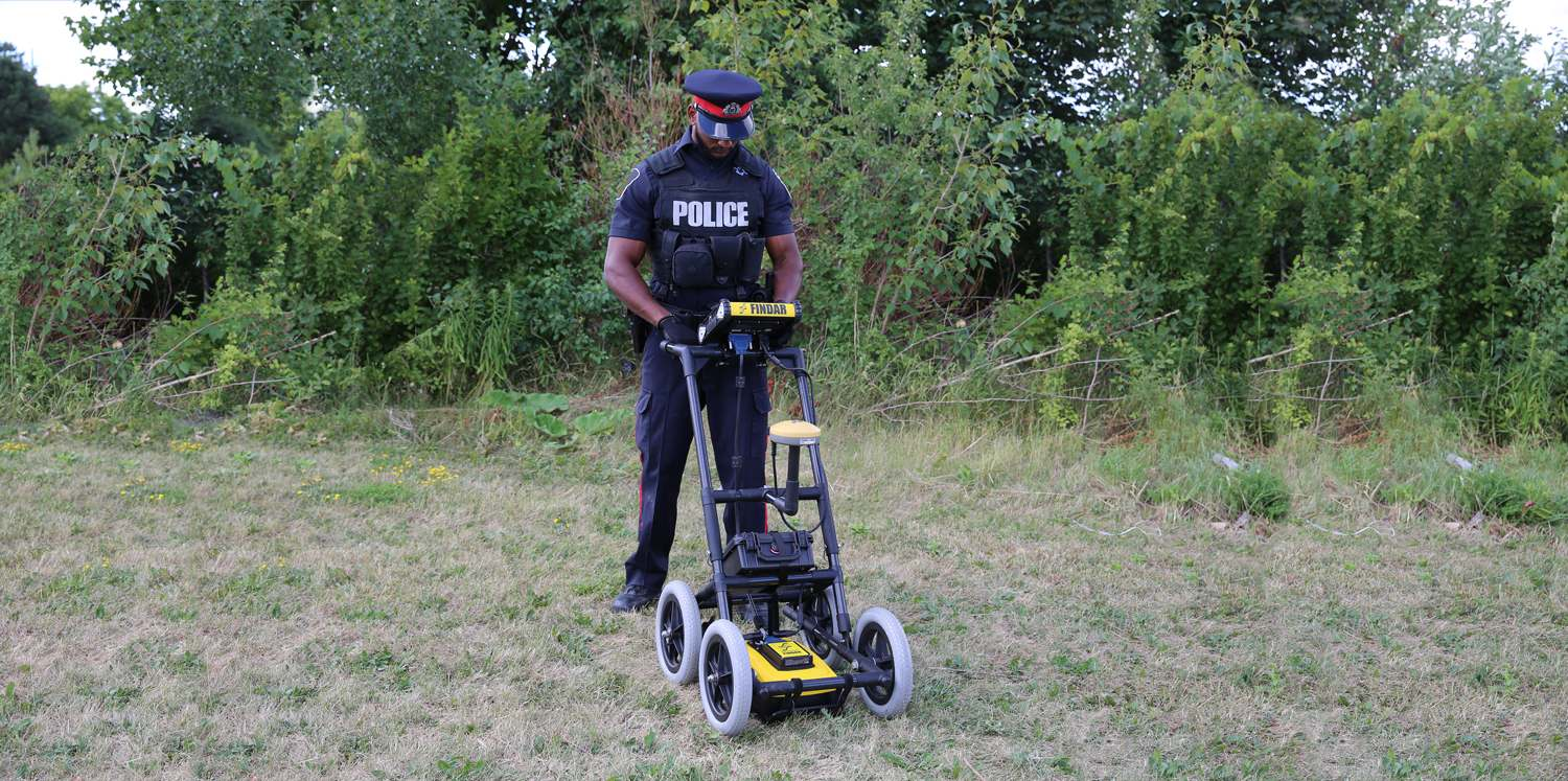 police using gpr for forensic investigation